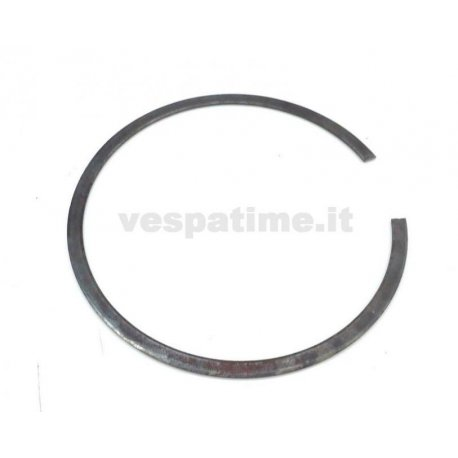 Elastic seeger ring for closing clutch set vespa 98, bacchetta v1t→v15t, v30t→v33t, vm1t→vm2t, utilitaria, vn1t→06000