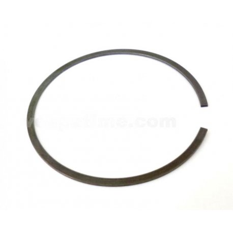 Elastic seeger ring for closing clutch set vespa pk 50/125, with 6-spring clutch