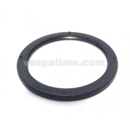 Oil seal hub front for pin 20mm vespa px and vespa pk. dimensions 46-56-4