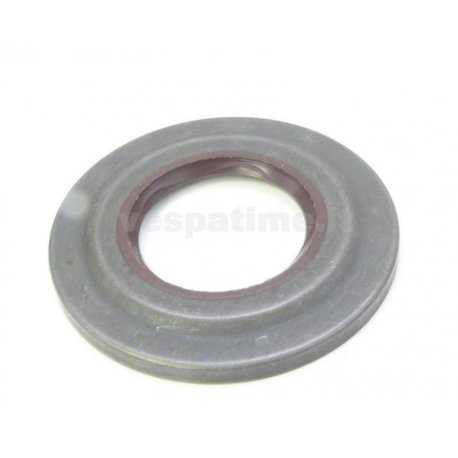 Oil seal clutch side with external metal sheet viton brown