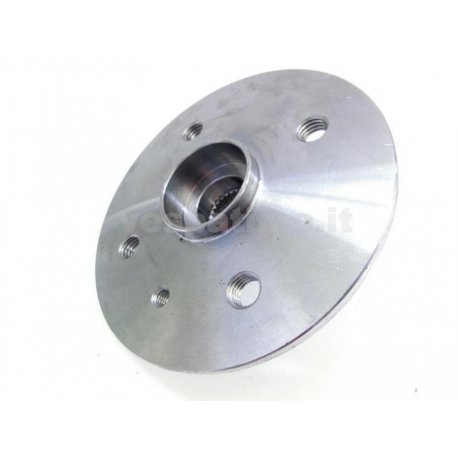 "Rear flange vespa 50,90,125 with 9"" closed rim."