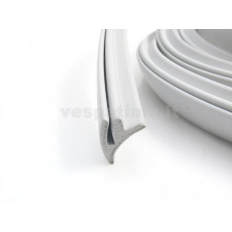Rubber trim grey for side panels. wide type. kit for one vespa.
