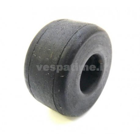 Silentblock lh/rh rubber bushing engine traverse vespa 125 until 1951. ariete