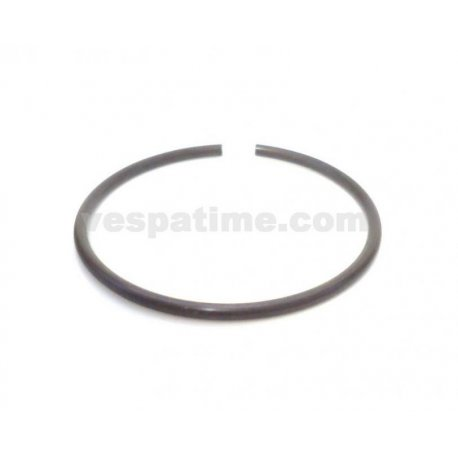 Metal ring for manifold vespa 50/90/125 primavera/et3, pk