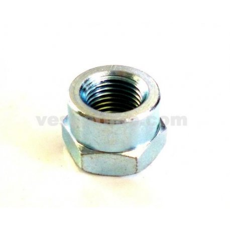 Fastening nut flywheel vespa with shaft cone 20