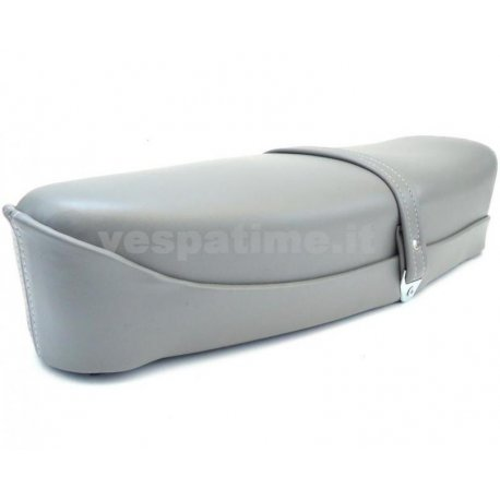 Two-seater saddle grey vespa 125 et3 with lock and spring bottom.